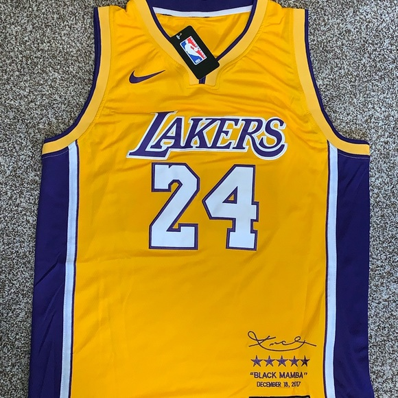 d729d0313 Kobe Bryant  24 Lakers Retirement Jersey Size XL